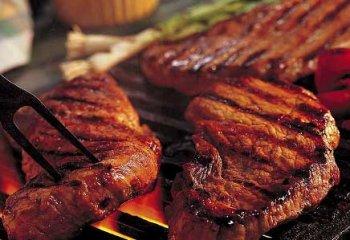 Carni rosse aumentano il rischio di morte per 9 malattie