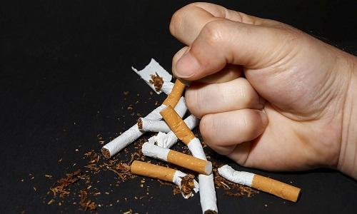 Quante sigarette si possono fumare al giorno senza rischi