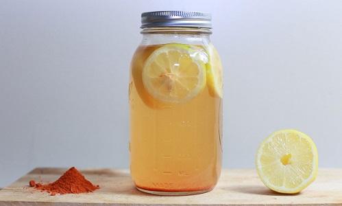 Limone e curcuma per perdere peso e accelerare la digestione