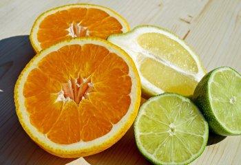 La vitamina c NON cura il Coronavirus